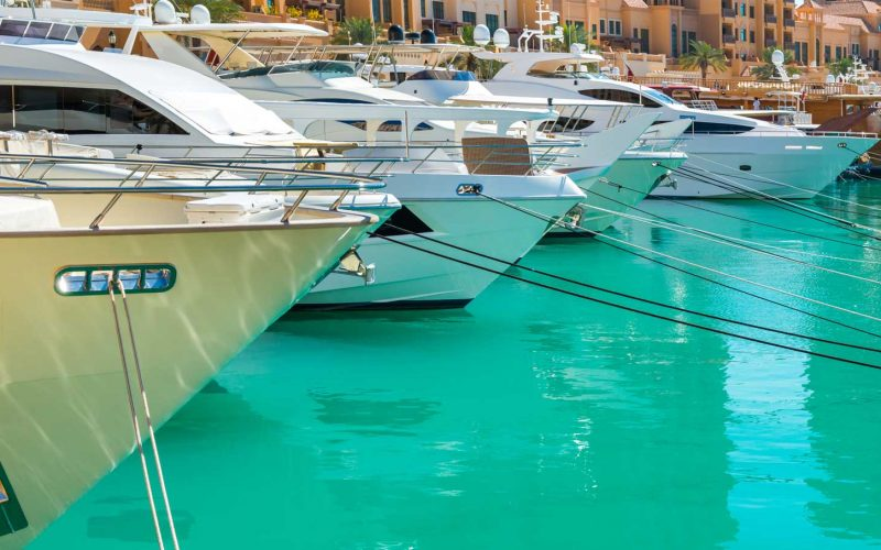 Yacht-services